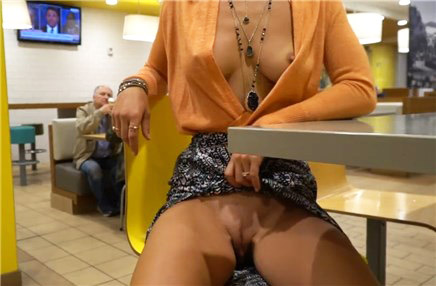 Flashing tits and pussy in McDonalds <!-- width=