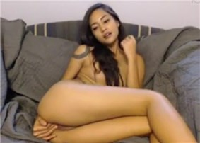 Slender babe DarieJ dildoing pussy on cam <!-- width=