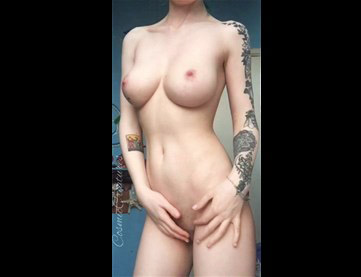 Reddit girl CosmicCreatures naked teases with tits