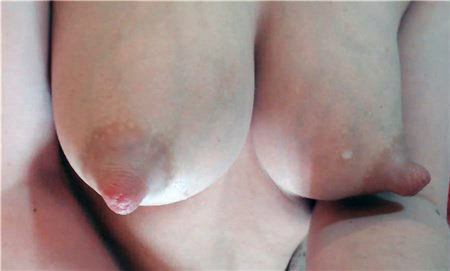 Teen girl shows her milky tits <!-- width=