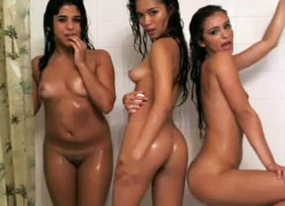 3 Hot Camgirls Masturbating Under The Shower <!-- width=